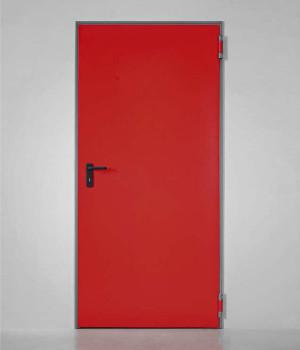 plechové oceľové dvere s rohovou zárubňou